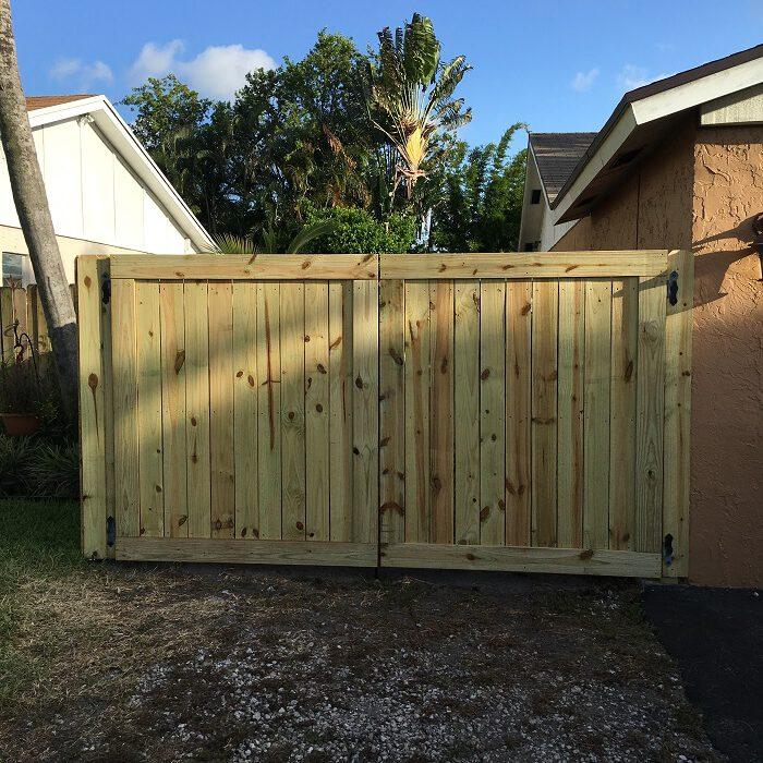 sunrise fl wood fence installation